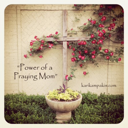 praying mom5